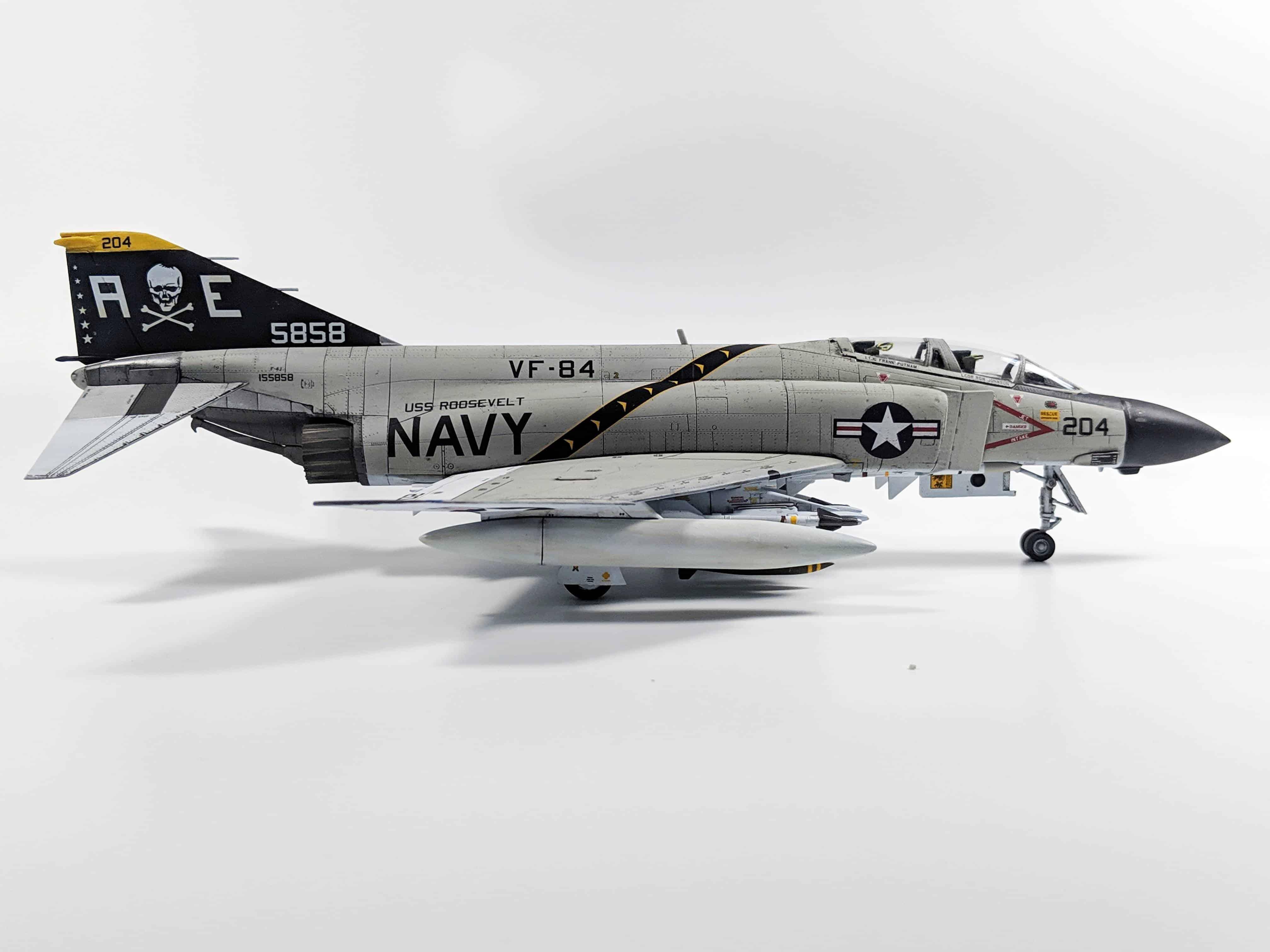 Academy F-4J Phantom